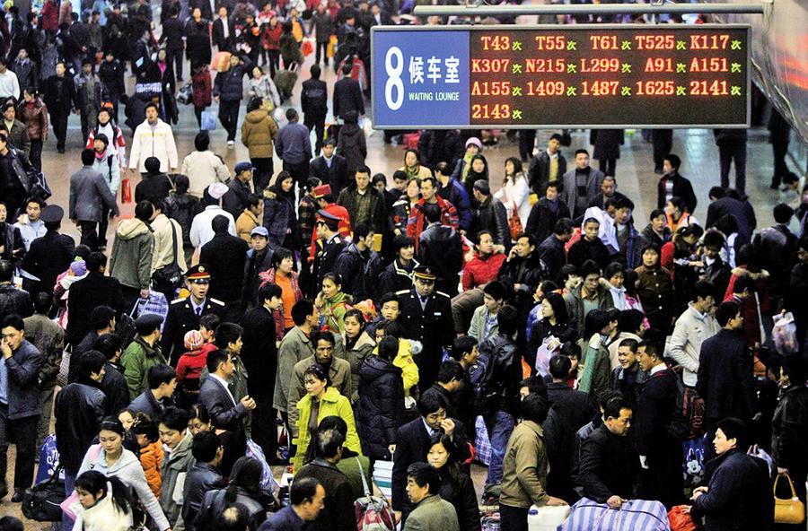春運鐵路客流少一億 機票滯銷