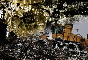 英男21億元Bitcoin硬碟深藏堆填區 捐25%求政府挖掘遭拒