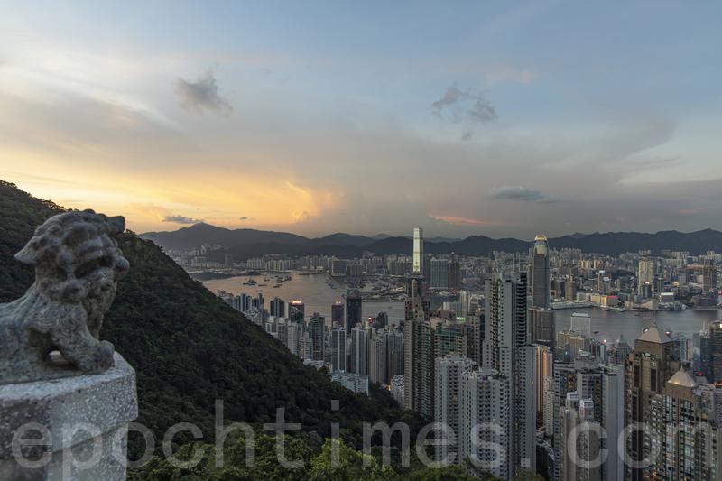 美資對沖基金Elliott決定撤離香港,將員工轉往倫敦和東京,有消息指其早在2018年已有所計劃,亦有報道稱與港版國安法推出有關。(陳仲明/大紀元)