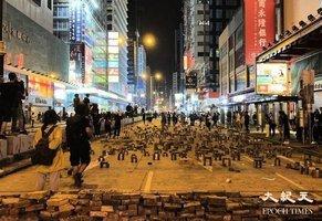 香港抗爭者「磚陣」 獲英年度設計大獎最高人氣獎