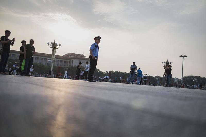 2016年,中共官場人事變動頻密。 圖為,2016年6月4日的北京天安門。(FRED DUFOUR/AFP/Getty Images)