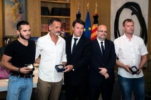 法尼斯襲擊案 三平民力阻凶手殺人獲頒獎章