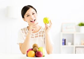 水果吃多真的好嗎?  醫生:吃錯恐傷身 3種體質不宜多吃