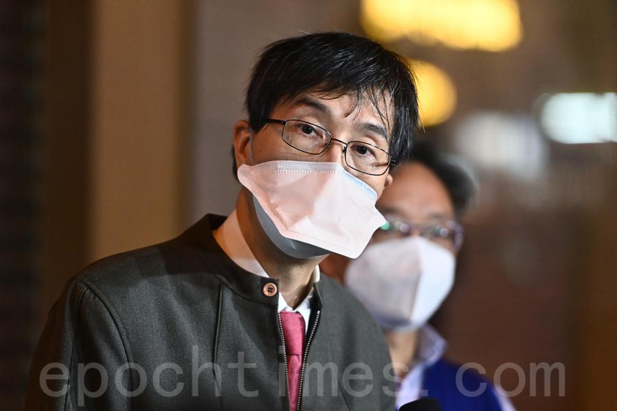 港大微生物學系講座教授袁國勇。(宋碧龍/大紀元)