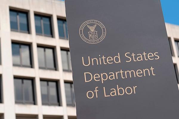 美國再有九十萬人失業