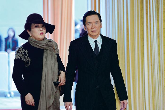 向華強與妻子陳嵐。(大紀元資料圖片)