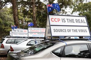 澳洲國慶日汽車遊行受矚目