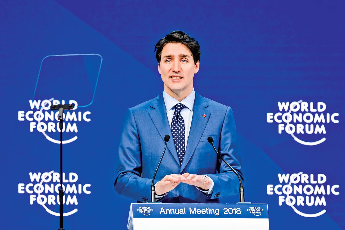 2018年1月23日,加拿大總理杜魯多(Justin Trudeau)在瑞士達沃斯世界經濟論壇上講話。(FABRICE COFFRINI/AFP via Getty Images)