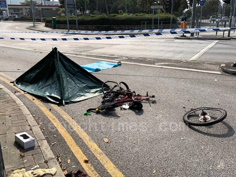 【圖片新聞】元朗交通意外 老翁被田螺車撞倒輾過身亡