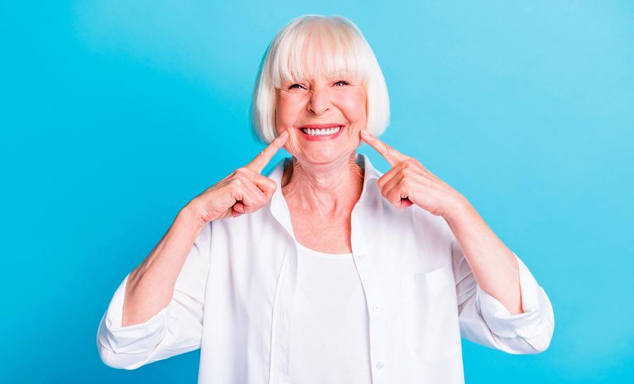 長者做假牙前需要接受齒顎矯正嗎?