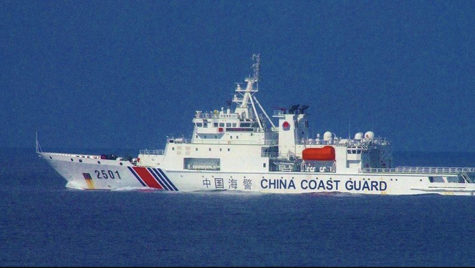 中共「海警法」2021年2月1日生效,授權海警在中國海域,處理海事時動武。(日本海上保安廳)