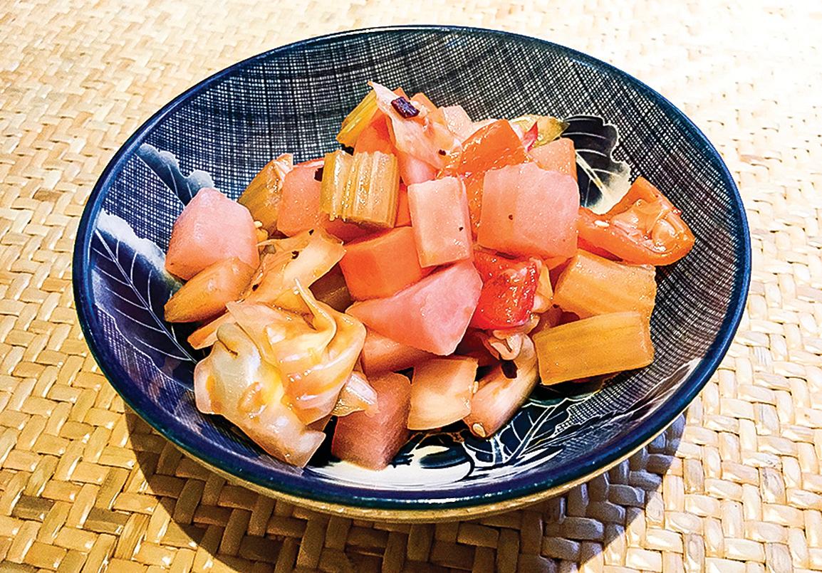 製作四川泡菜的食材和方法與韓國泡菜完全不同,味道當然不同。中韓「泡菜之爭」就是狹隘民族主義情緒的鬧劇。圖為四川泡菜。(wikimedia)