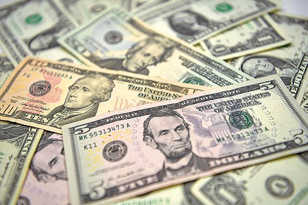 美元匯率觸底反彈藏殺機