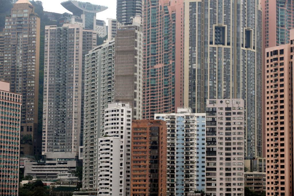 2月5日,中原CCL指數按週微升0.67%,九龍、新界皆升,惟港島跌。(MIKE CLARKE/AFP via Getty Images)