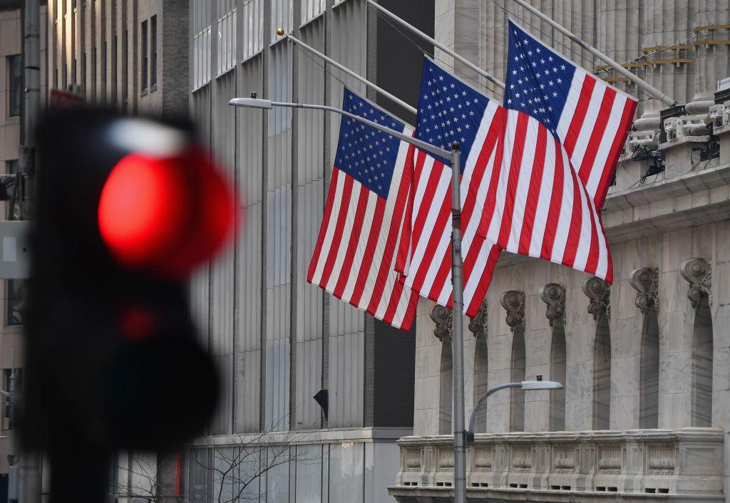 華爾街老將Peter Kraus昨天(2月5日)表示,有些股票價格已被炒高至泡沫水平,隨時可能調整10%至15%。(ANGELA WEISS/AFP via Getty Images)
