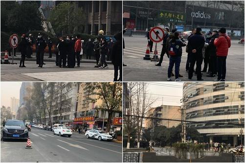 1月13日上午,大陸維權律師盧思位被當局吊銷律師執照一案聽證會在四川省司法廳舉行。現場多名人權律師及公民被非法帶至派出所。(知情人提供)
