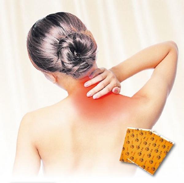 肌肉繃緊容易導致肩頸痠痛。(大紀元)