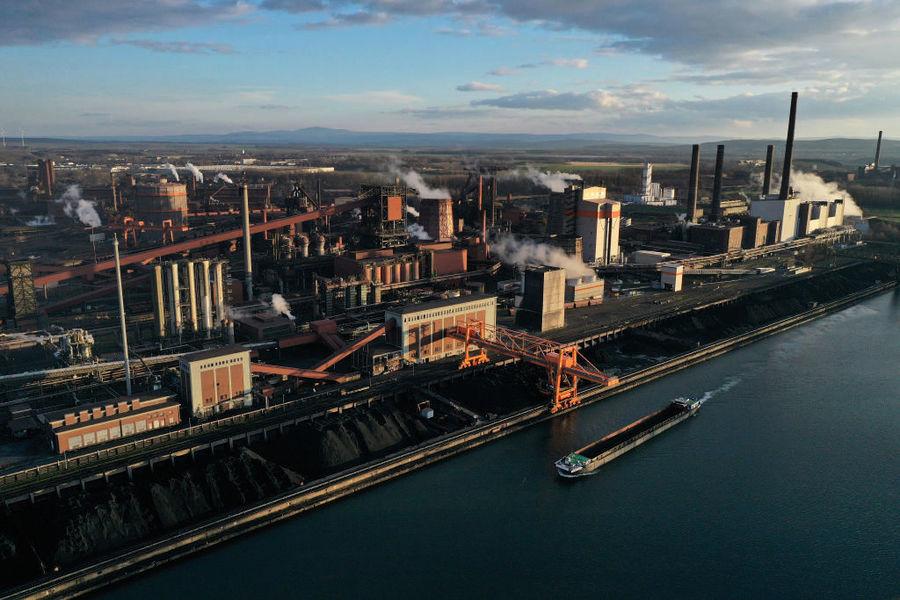 德國12月工業生產反彈突停   全年收縮8.5%