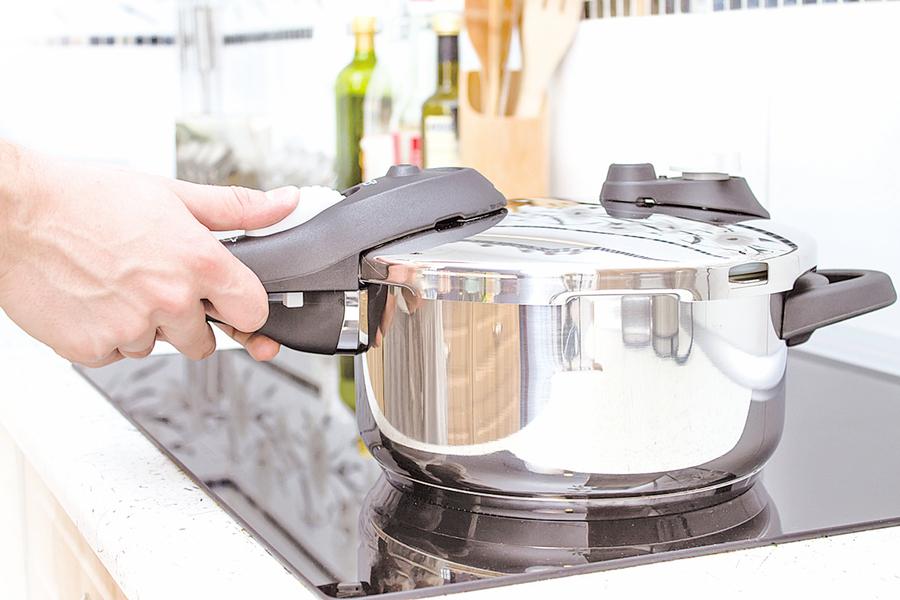 壓力鍋超好用 零廚藝也能煮美味年菜