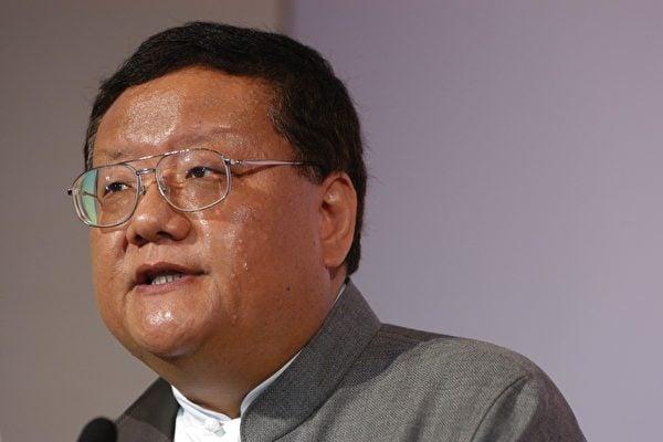 有中共軍方背景、與江澤民家族關聯密切的鳳凰衛視創辦人劉長樂及其家族成員全部退出管理層。圖為劉長樂。(大紀元資料室)