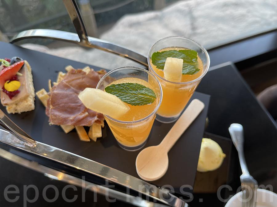 意大利火腿脆片配鮮蜜瓜汁。(Siu Shan提供)