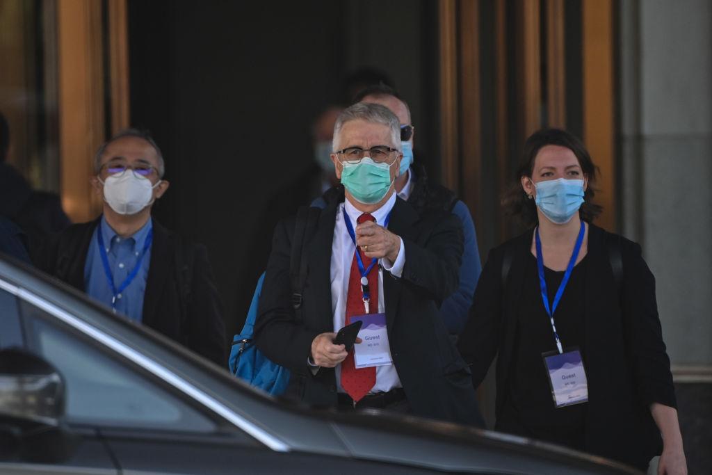 衛生組織調查團隊成、員澳洲悉尼大學傳染病專家 Dominic Dwyer 表示,中共當局拒絕提供早期病例的原始數據,以及2019年12月前幾個月的呼吸道疾病和其他疾病人者的數據。(HECTOR RETAMAL/AFP via Getty Images)