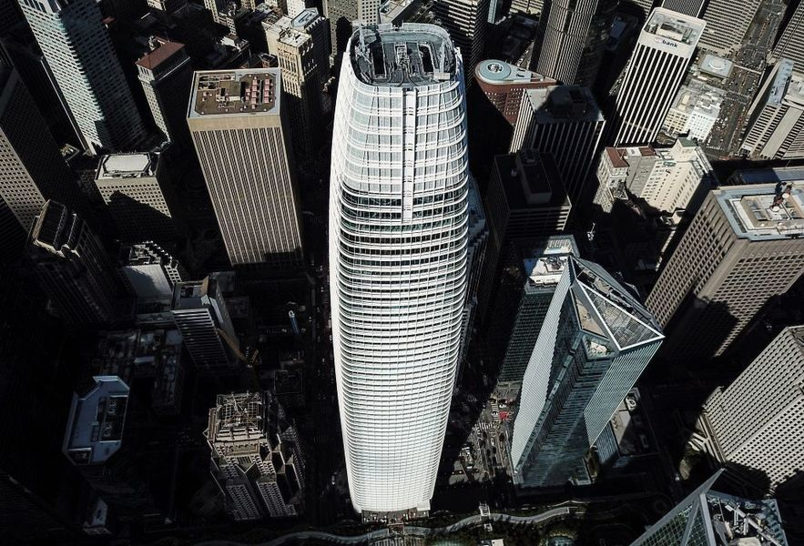 Salesforce宣佈「在任何地方工作」   三藩市地標大樓空空如也