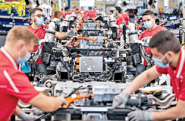 德國保時捷汽車生產線。(Getty Images)