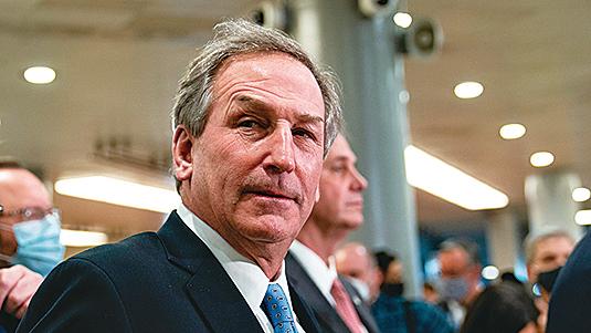 圖為負責特朗普彈劾案的辯護律師范德維恩(Michael van der Veen)。(Getty Images)