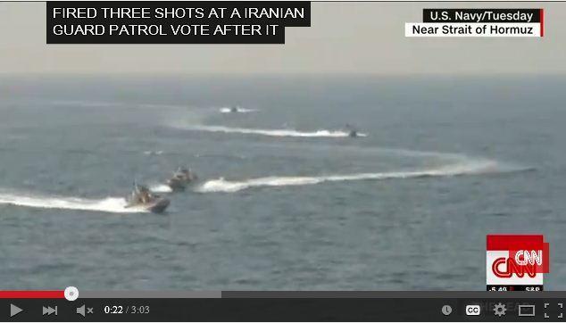 美國一名國防部官員表示,周三,伊朗一艘快速攻擊艇在波斯灣北部海域逼近騷擾美國海軍軍艦,美軍一艘軍艦因此3度開火,以示警告。(視像擷圖)