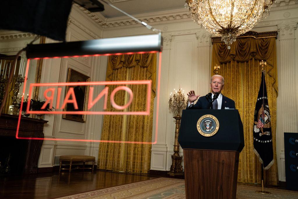 美國總統拜登昨(2月19日)參加慕尼黑視頻會議時說:「我們必須一起為與中國(中共)的長期戰略競爭做準備。」(Anna Moneymaker-Pool/Getty Images)