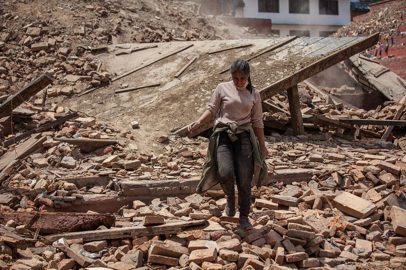 2015年4月27日,7.8級地震摧毀尼泊爾首都加德滿都的大量建築,傷亡極其慘重。(Omar Havana/Getty Images)