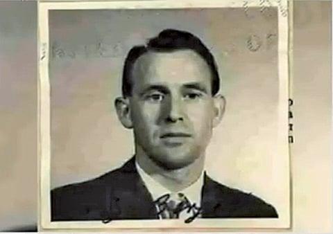 已在美國生活逾60年的95歲德國公民柏格,因曾擔任納粹集中營守衛,20日遭遣返回德國。(影片截圖)