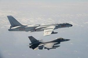 共軍殲轟7連日入侵 美學者:中共或五年內攻台