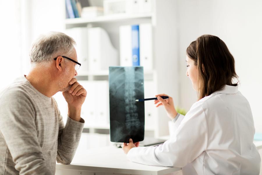 如何精確找出神經疼痛的病灶?  X光導引輔助提升精準度