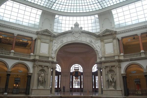 成立於1872年的柏林通訊博物館被認為是全世界歷史最悠久的郵政博物館,光是博物館的古典歐洲建築風格就吸引無數建築迷到此一遊。(中央社)