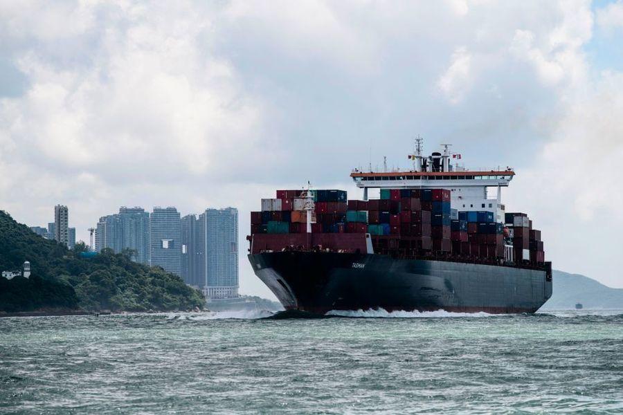 香港1月錄得貿易逆差252億港元