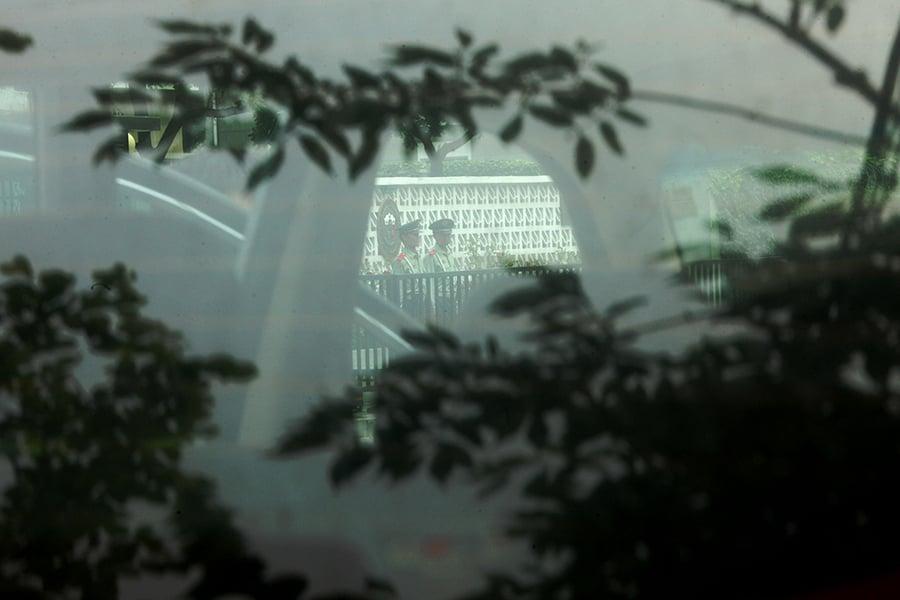 中共前國家統計局局長王保安的落馬引起外界對中紀委抓捕貪官手法的關注。(圖片來源:Ed Jones/AFP/GettyImages)