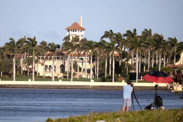 美國前總統特朗普正在組建一個新的政治行動委員會(PAC)。圖為特朗普的私人物業、位於佛州棕櫚灘的海湖莊園(Mar-a-Lago)。(Joe Raedle/Getty Images)