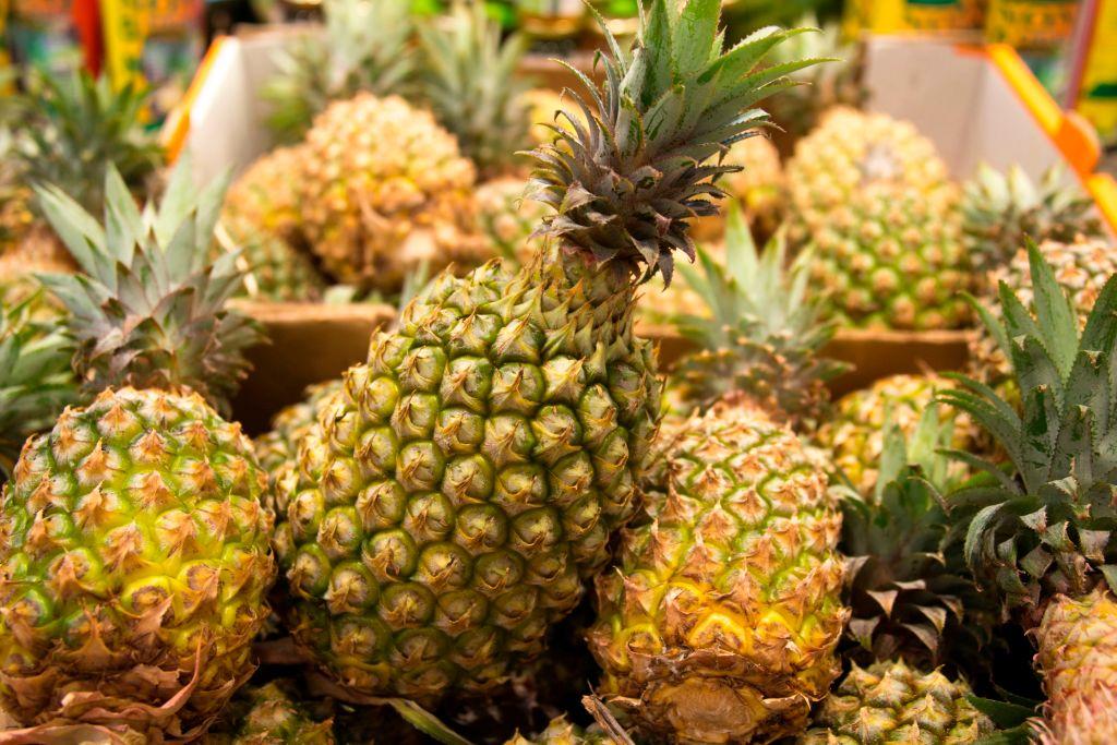 在中共突然禁止台灣菠蘿銷往大陸之後,外國網友建議台灣將菠蘿轉賣到他們的國家。此為菠蘿的示意圖。(Getty Images)