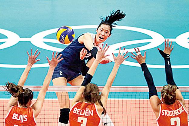 2016里約奧運女排半決賽中,朱婷作為中國女排的主攻手對陣荷蘭女排。(Getty Images)