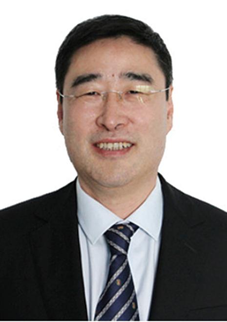中國肝移植專家臧運金在元宵節凌晨去世,陸媒消息指為跳樓身亡。(網頁截圖)