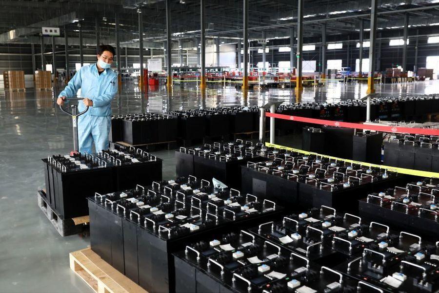 中國2月官方製造業及服務業PMI齊降
