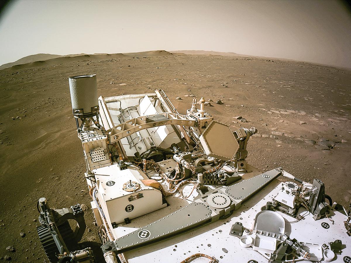 美國太空總署(NASA)的「毅力號」火星漫遊車已向地球送回大量圖片。 2 月 24 日,NASA 發佈毅力號火星新家圖片。(NASA/JPL-CALTECH/AFP)