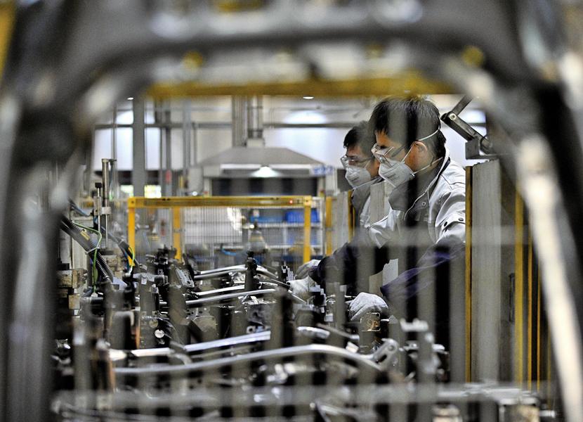 二月製造業PMI九個月新低