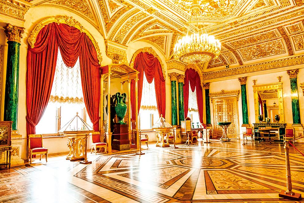 孔雀石廳(Malachite Drawing Room)。(Volkova Natalia/Shutterstock.com)