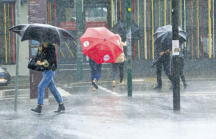 美東北遭遇大風襲擊 東南面臨洪水威脅