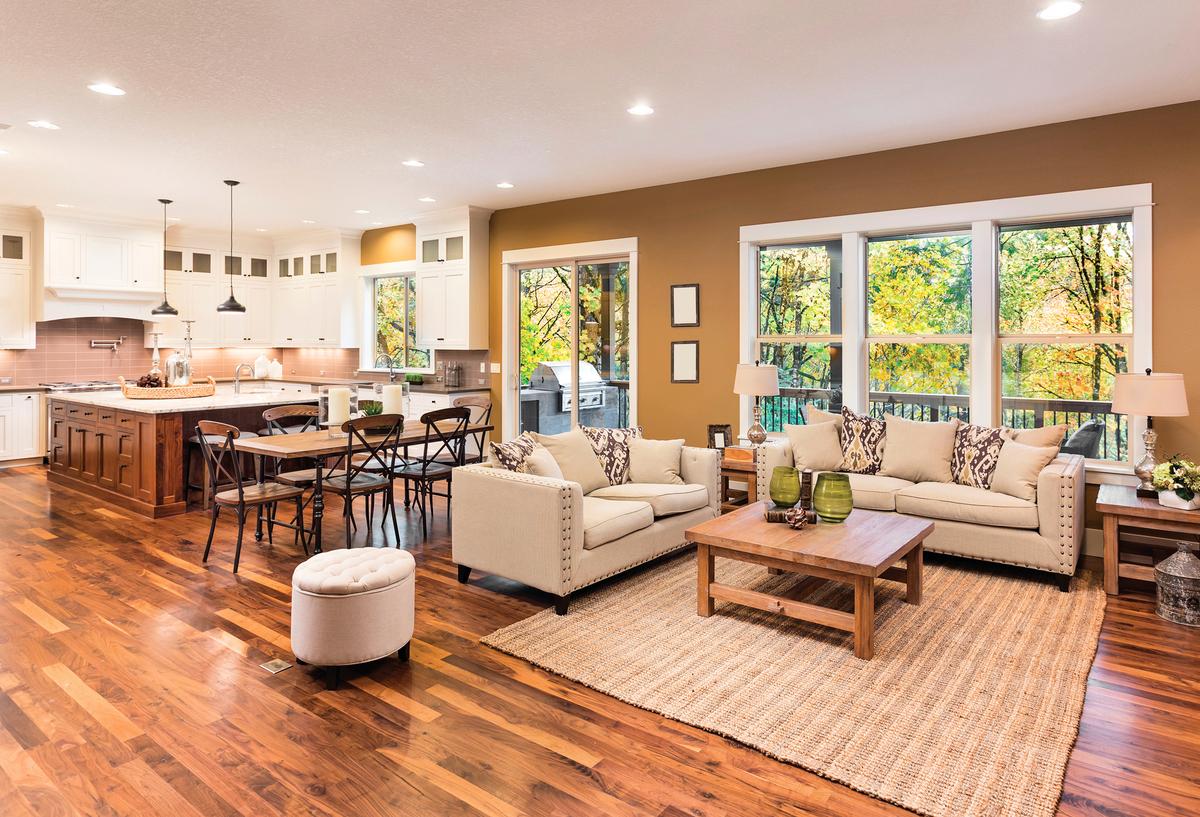 外向者通常喜歡明亮寬敞的客廳佈置。