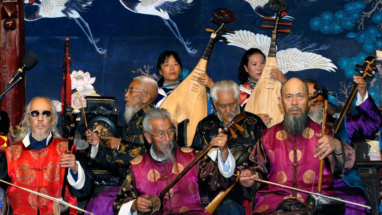 在中國古代,音樂最早是用來治病的。圖為中國民樂合奏。(pixabay.com)