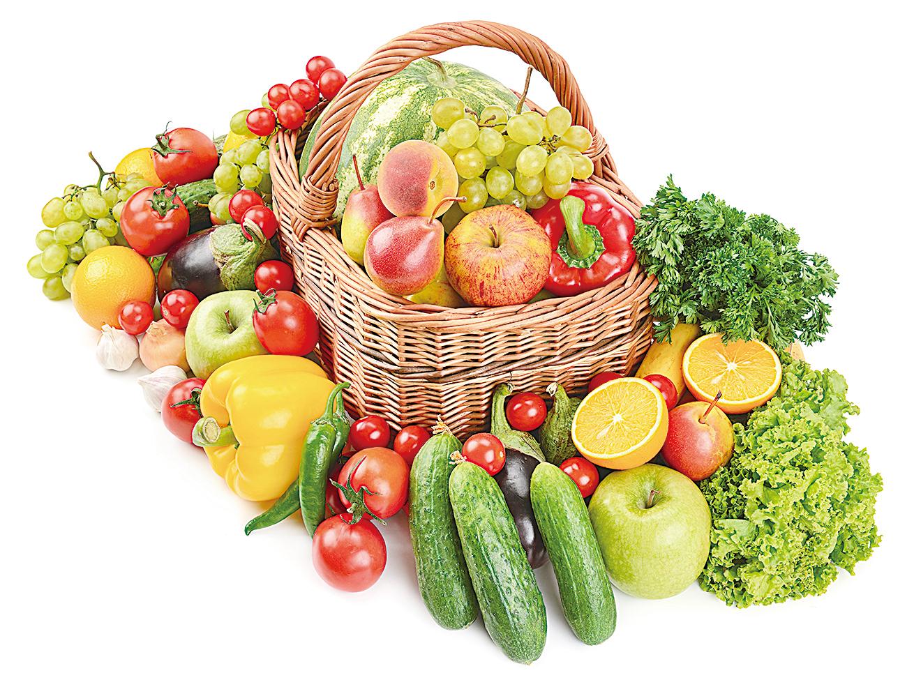 多吃鹼性的食物,能減輕對皮膚的侵蝕和損害。